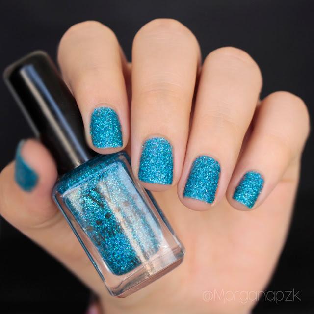 """Esmalte """"Turquoise"""" da marca Whatcha"""