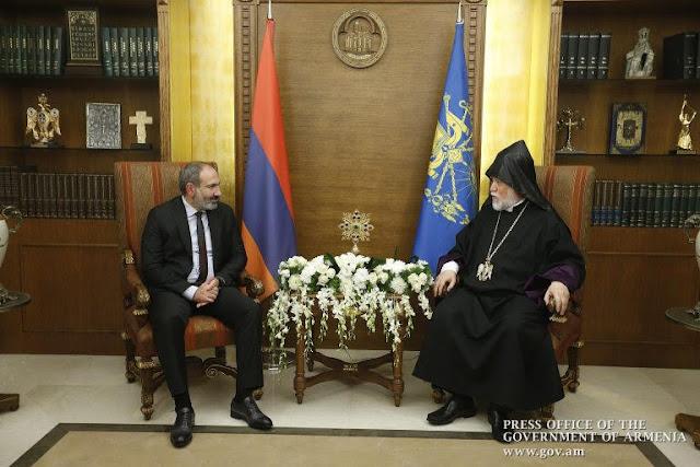 Pashinyan y Aram I se reunieron en el Líbano