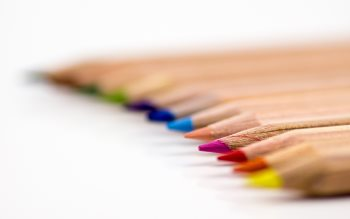 Wallpaper: Colored pencils for drawings