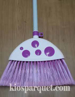 6 tips merawat lantai kayu agar awet dan tetap terjaga keasliannya