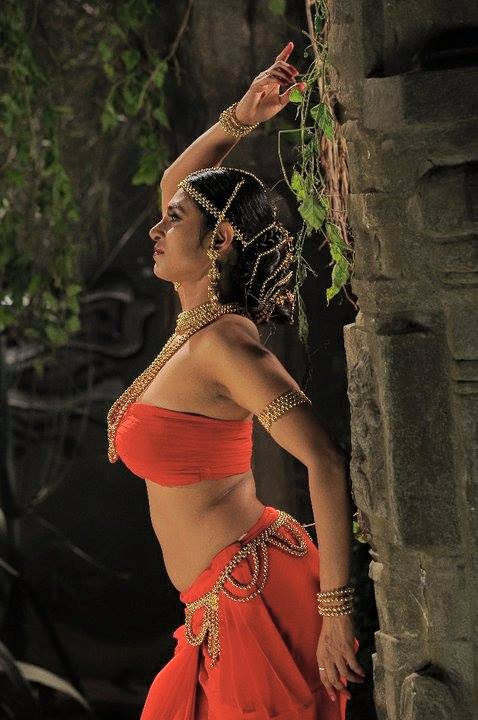 Laxmi Wallpaper Hd Rare Hot Navel Photos Of Kasthuri Jollywollywood Com