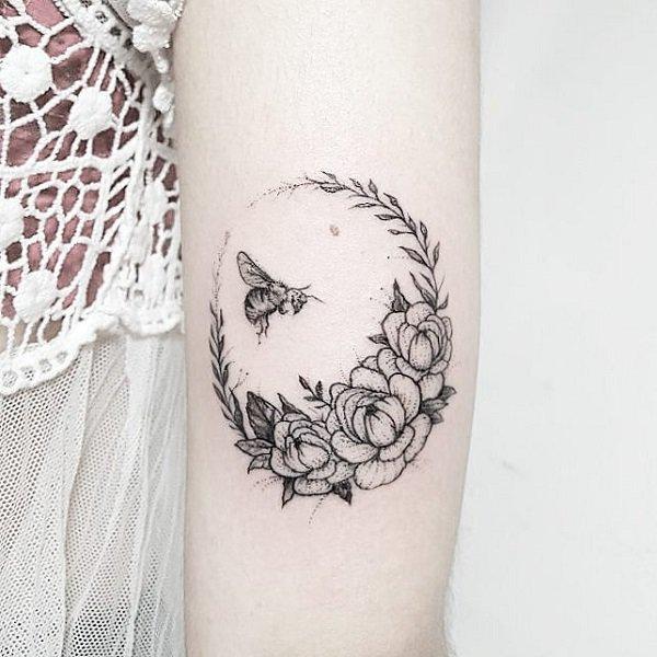 Tatuagem abelha