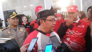 Gubernur Jawa Barat  Melepas Peserta Tour De Linggar Jati 2017