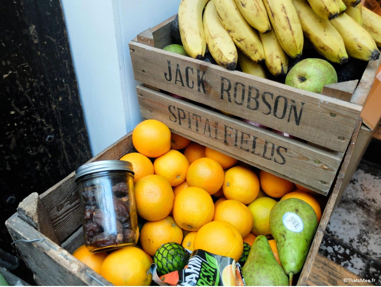 Pommes bananes orange poire fruits frais Maison d'Etre coffee shop Islingthon & Highbury hipster must place-to-be Kim