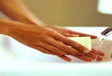Imagen de lavarse las manos con agua con jabón