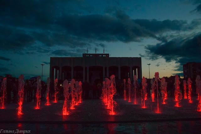 Шоу фонтанов эспланада Пермь фото