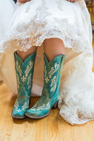 Bridal Cowboy Boots !!!   Bridal Wedding Ideas