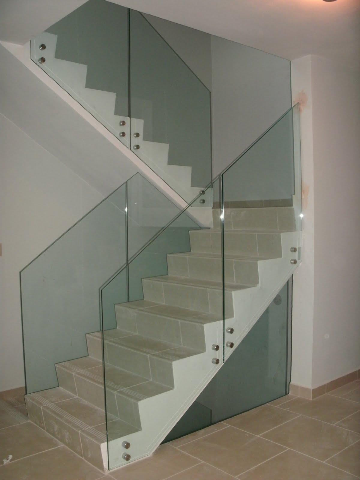 Cristaleria internacional pasamanos en stainless steel con cristal - Escaleras con cristal ...