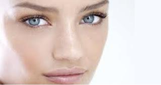 طريقة هتخلي بشرتك صافية واكثر نضارة في الصباح