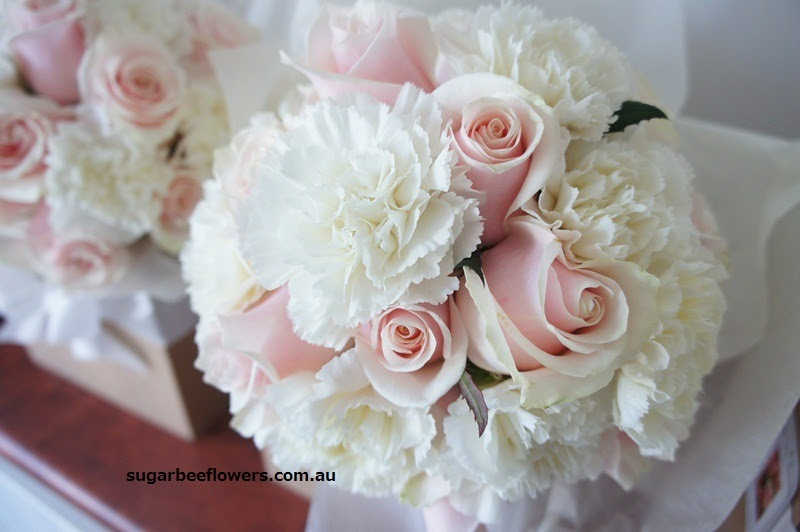 carnation bouquet wedding sugar bee flowers sweet mixed shades of pink amp white 2459