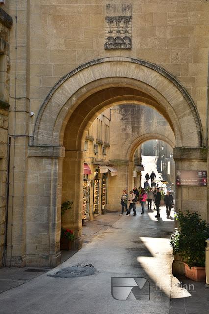 San Marino - dojazd, informacje praktyczne, atrakcje turystyczne.