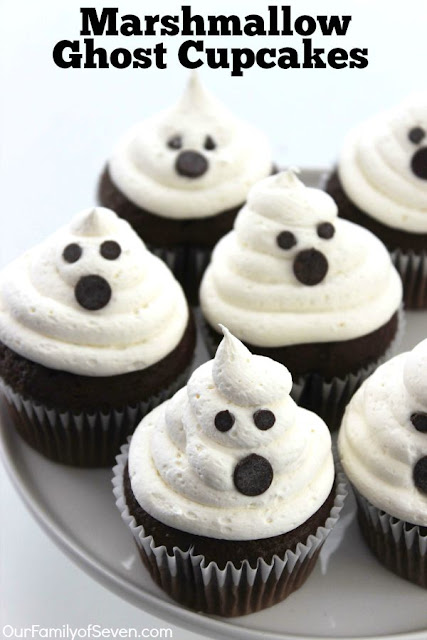 Halloween Marshmallow Ghost Cupcakes