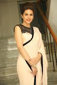 shraddha das latest glamorous photos-thumbnail-8