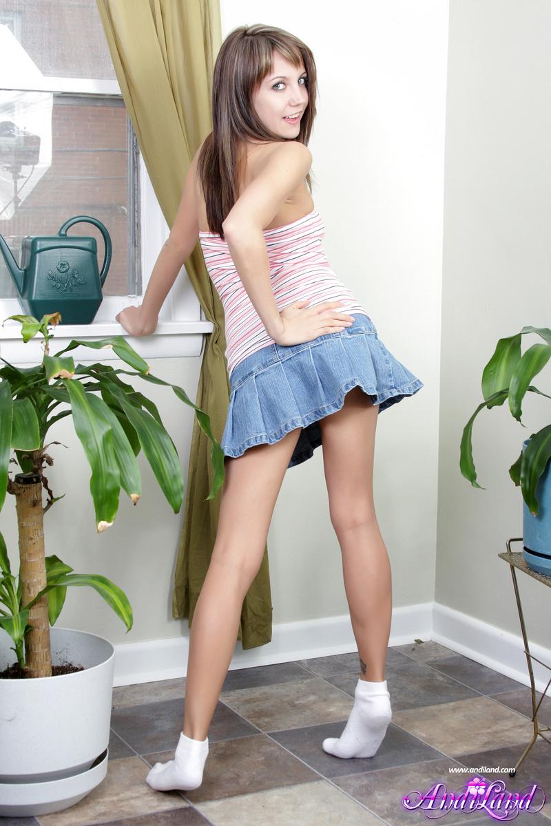 Nude images of spain teens