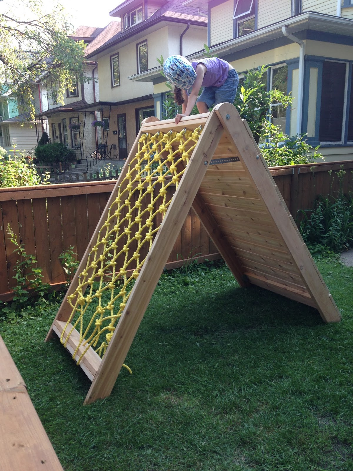 Mincing Thoughts: Kids Climbing Play Structure - Building ...