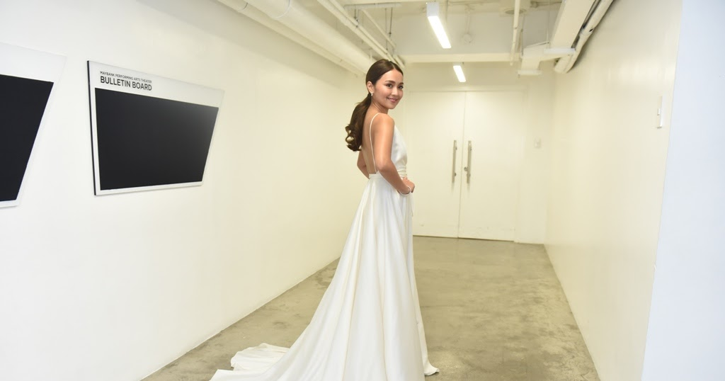 Yeni alvarez mark decarlo wedding dress