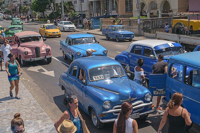 Taxis collectifs dans Vedado