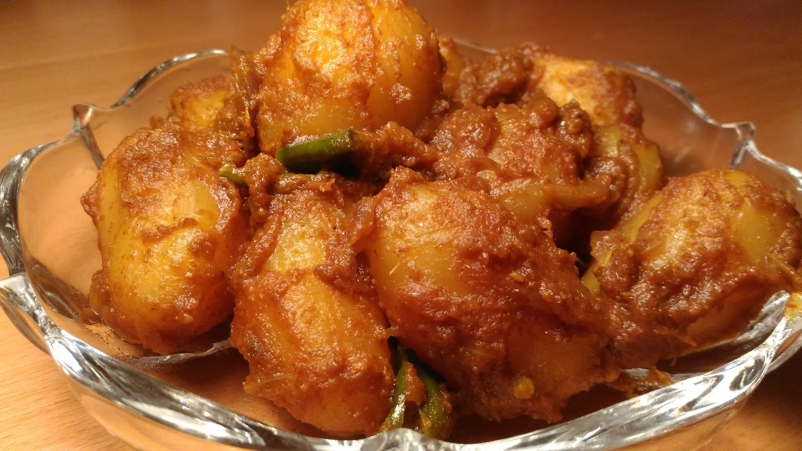 Alur Dom: Potato Curry With Onion And Ginger-Garlic - Recipes Of Bengal