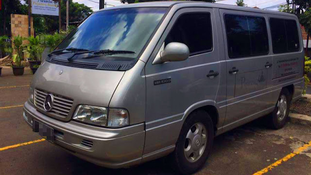 Mercedes-Benz MB100D SSangyong Istana Indonesia