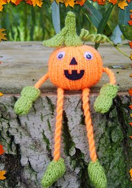 http://www.ravelry.com/patterns/library/russet-the-pumpkin