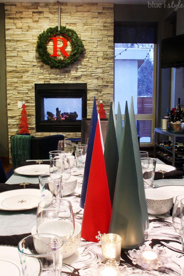 Modern Christmas Table & Fireplace