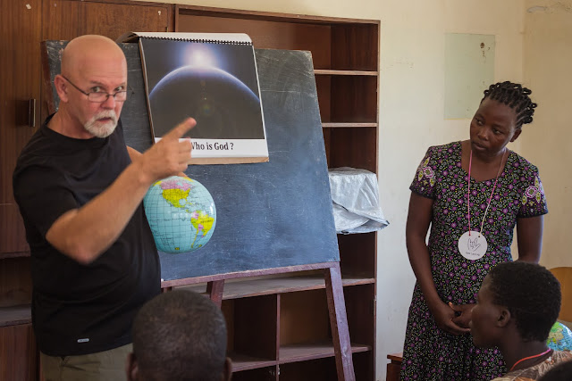 teaching the deaf in Malawi