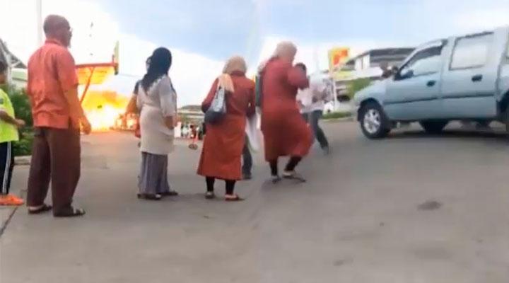 dos bombas en centro comercial de Tailandia