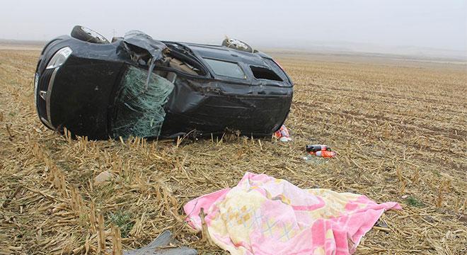 Diyarbakır Bismil'de takla atan aracın sürücüsü hayatını kaybetti