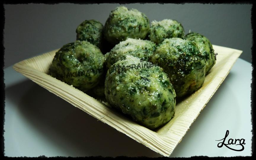 http://cucinaconlara.blogspot.it/2014/09/strangolapreti-alla-trentina.html
