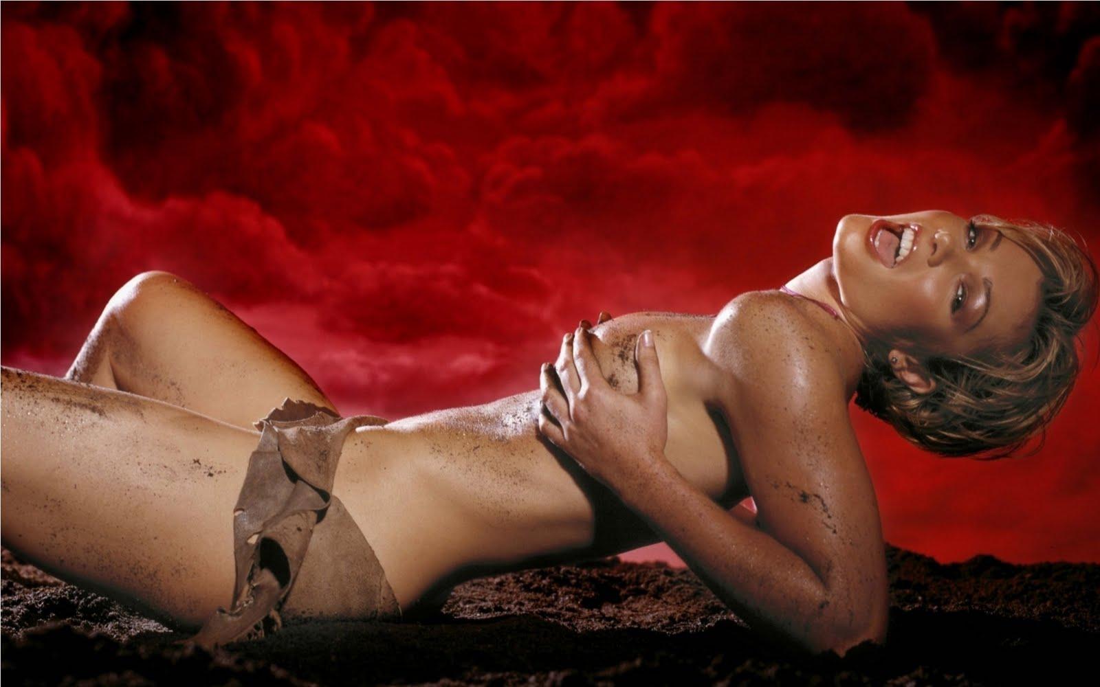 hot girl stips naked and master bates videos