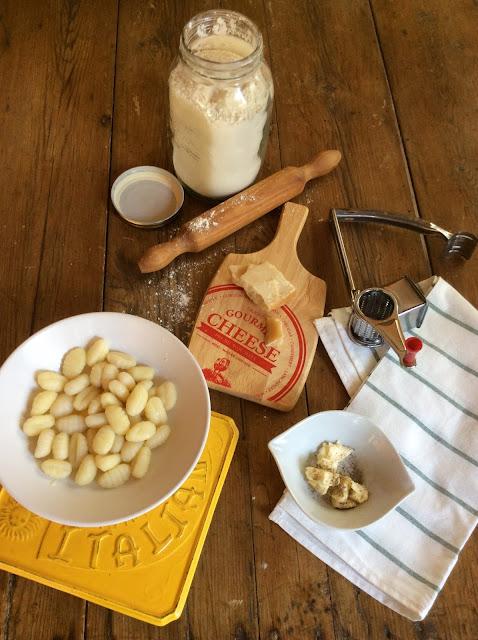 gnocchi-caseros-con-mantequilla-y-queso-parmesano