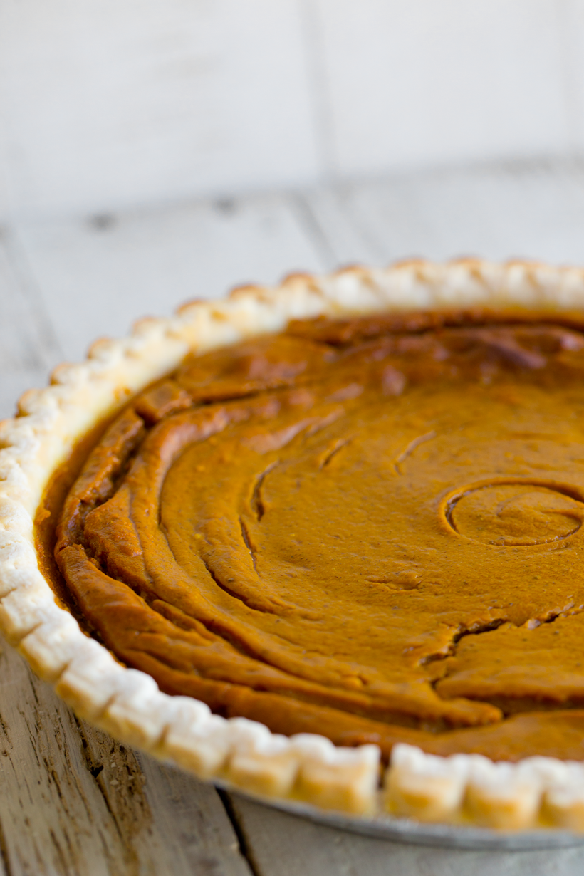 baked thanksgiving Pumpkin Pie