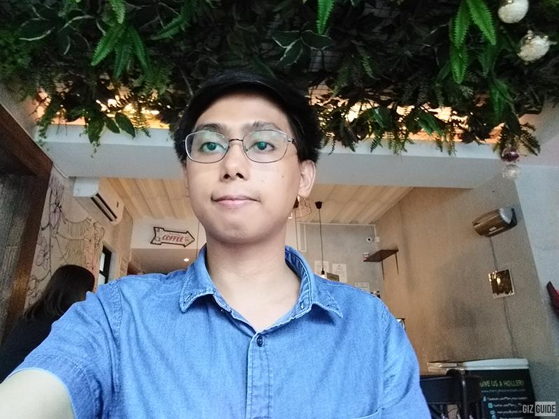 J4+ daylight selfie