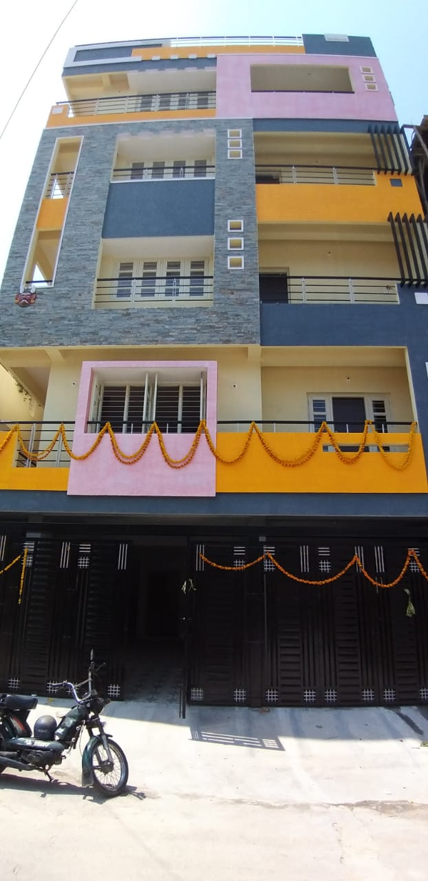 pg in bangalore, paying guest in bangalore, pgs in bangalore, pg near bangalore, luxury pg in bangalore, luxury pgs in bangalore, best pg in bangalore, executive pg in bangalore, posh pg in bangalore, mens pg in bangalore