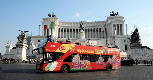 Como fazer o passeio de ônibus turístico em Roma