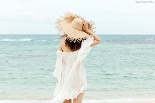 日本人ファッションブロガー,20170617今日のコーデ,メルカリ-フリンジラフィアハット,CHICWISH-ホワイト フリル コットン オフショルダー ワンピース,SheIn-花柄刺繍スリッパ,リングミニバッグ,フェミニンカジュアル 浜辺のコーデ