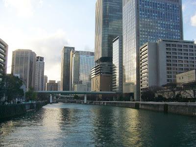 大阪市・中之島公園周辺のオフィス街&土佐堀川