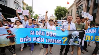 Khó khăn của phong trào dân chủ Việt Nam hiện nay