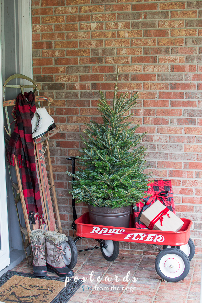Great ideas for making the house cozy during the holiday season.