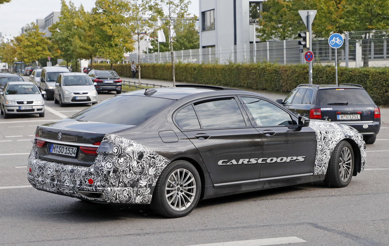 Facelifted 2019 Bmw 7 Series To Adopt More Dynamic Design