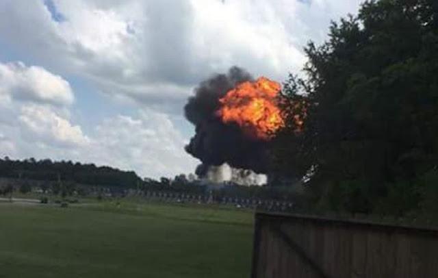 Accidente mortal de un F-18 y eyección de un piloto de F-16 en un día negro para la aviación militar de EE.UU