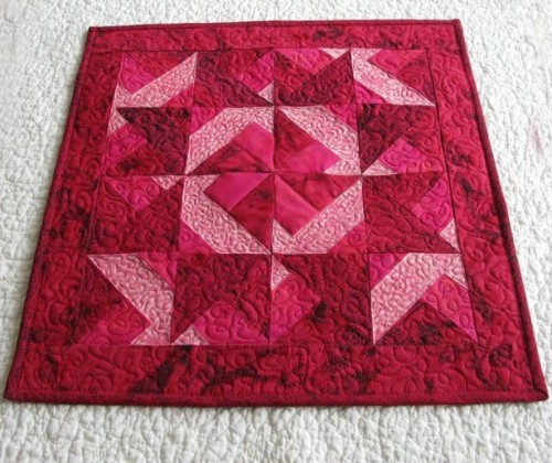 Red Batik Table Topper - Tutorial