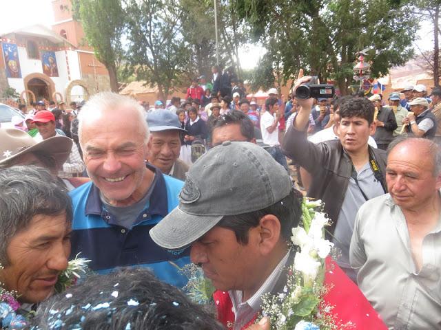Einweihung der neuen Straße Villazón – Esmoraca. Hier neben dem Gouverneur