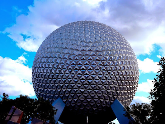 Top 12 Ways to Know if You're a Spaceship Earth Fanatic