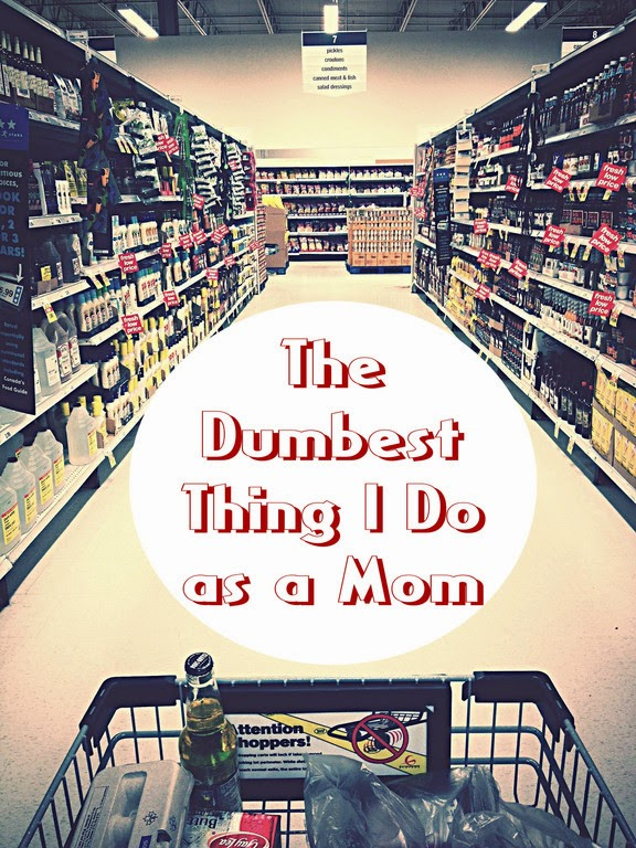 The Dumbest Thing I Do as a Mom -- there are many mundane chores inherent in being a stay-at-home mom, but this one is perhaps the dumbest  {posted @ Unremarkable Files}