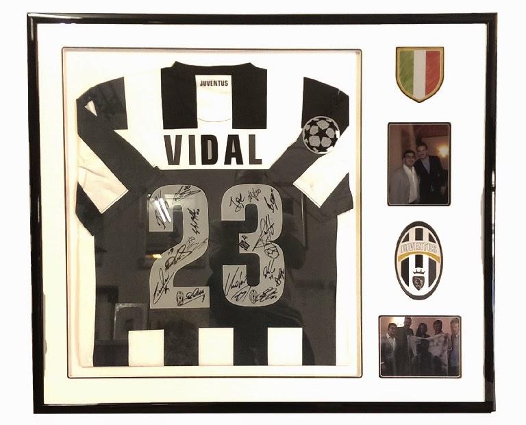 Conosciuto Cornice per maglia di calcio Juventus - Sports Memorabilia  SO32