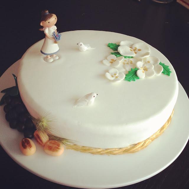 Modelos de bolo para Primeira Comunhão