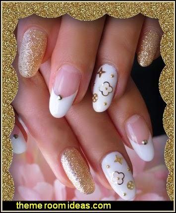 gold white gold glitter nail art-decorating nails glitter
