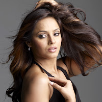 Stylish and winning Neetu chandra photo shoot for magazine
