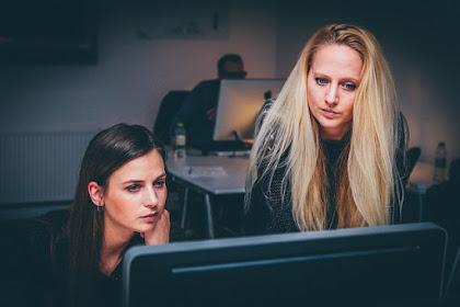 Istri Bekerja, Suami di Rumah, Haruskah Menjadi Masalah?